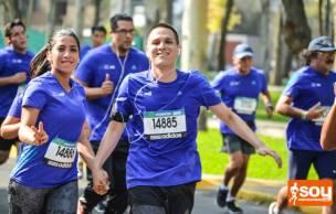 Más de 12 mil corredores en Lima42k 2015