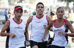 Marcando paso en la carrera A Tu Salud 2015