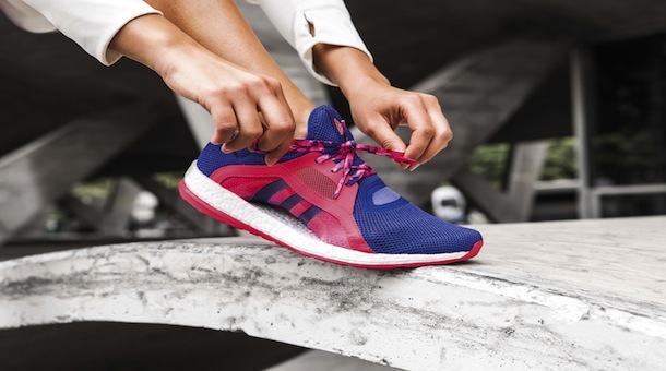 Zapatillas para damas Pure Boost X de adidas