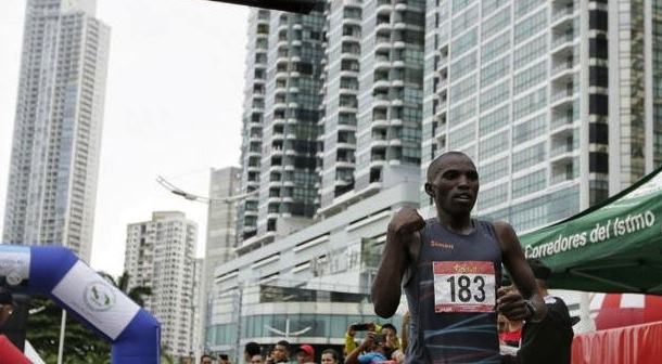 Keniata Kariuki consigue la victoria en el Maratón de Panamá
