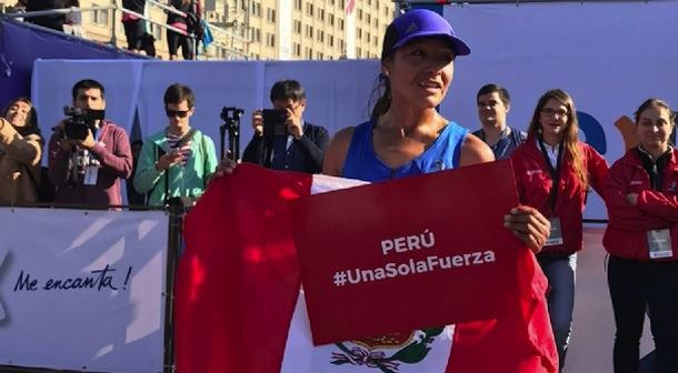 Inés Melchor gana en Santiago y envía mensaje de apoyo a Perú