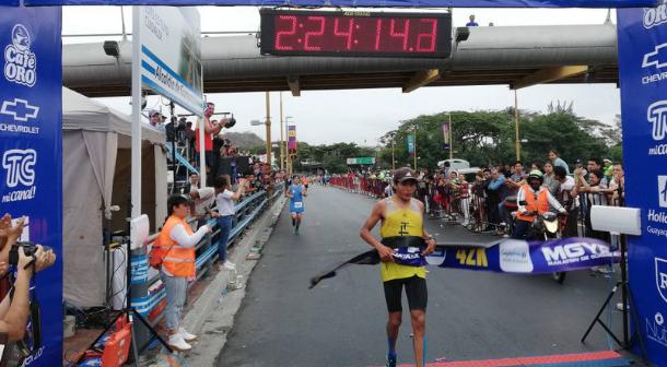 Ecuatorianos se imponen en Maratón de Guayaquil 2018
