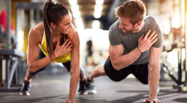 Incluye sesiones en el gimnasio para mejorar tu resistencia