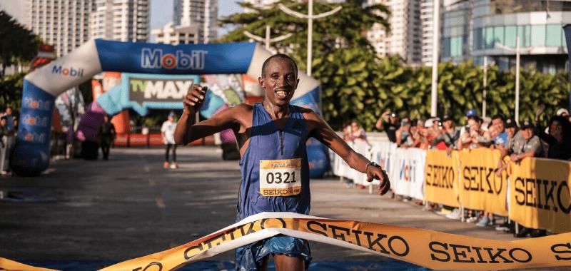 Keniata Robert Gaitho Gititu se lleva el triunfo en Maratón Internacional de Panamá