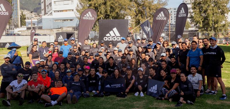 Mantente activo uniéndote al adidas running team Ecuador