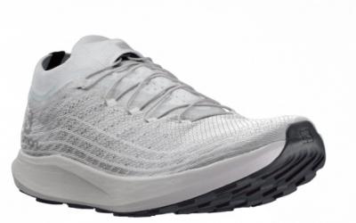 Salomon presenta zapatillas más ligeras para montaña y asfalto