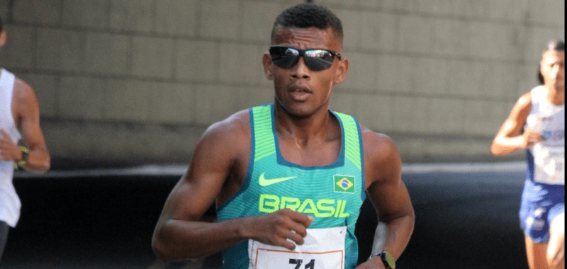 El maratonista brasileño encabeza el grupo