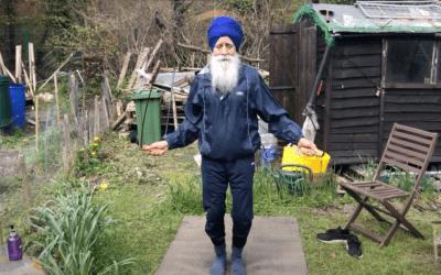 El curioso participante del Maratón de Londres 'Skipping Sikh'
